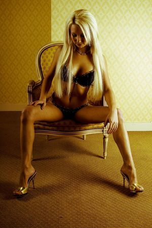 Ladawn from Cordova, Alaska is looking for adult webcam chat