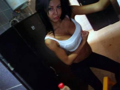 Meet local singles like Oleta from Husum, Washington who want to fuck tonight