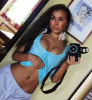Deena from Ninilchik, Alaska is looking for adult webcam chat
