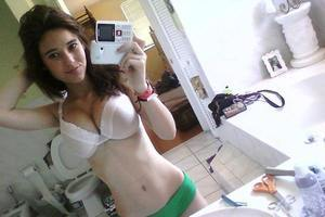 Elise from Manakin Sabot, Virginia is interested in nsa sex with a nice, young man