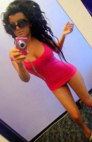 Racquel is looking for adult webcam chat