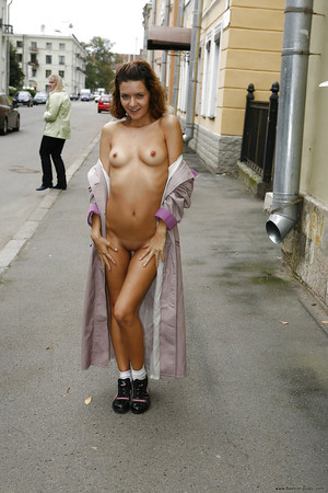 Evelina from Providence, Rhode Island is interested in nsa sex with a nice, young man